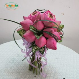 TGHT-000001 - Hoa cưới bó hoa Sen