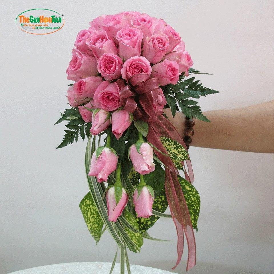 Hoa cưới dạng suối