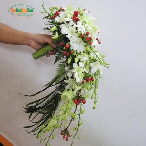 Bó hoa cưới - Yêu thương