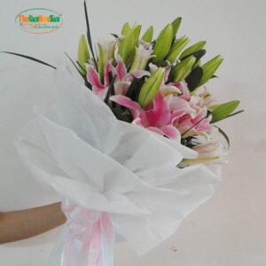 Bó hoa lily hồng