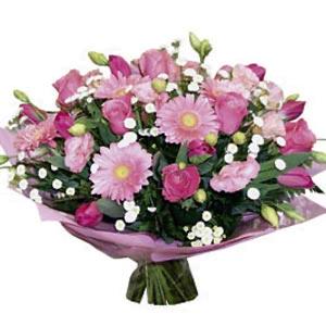 Điện Hoa đến nước Nga Russian-12 Bouquet 'Summer Fantasy' Lưu ý: Hoa tươi dành riêng cho thị trườngNga Russian Xem thêm danh mục hoa dành riêng cho thị trường Nga Russian: Nga Russian