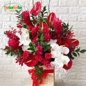 Giỏ hoa tươi - Nhiệt Huyết
